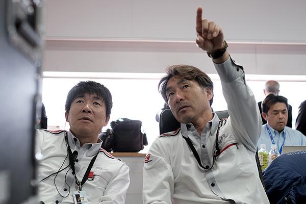 ドライビング・スタンダード・オブザーバーの村上敦さん(左)と田中哲也さん