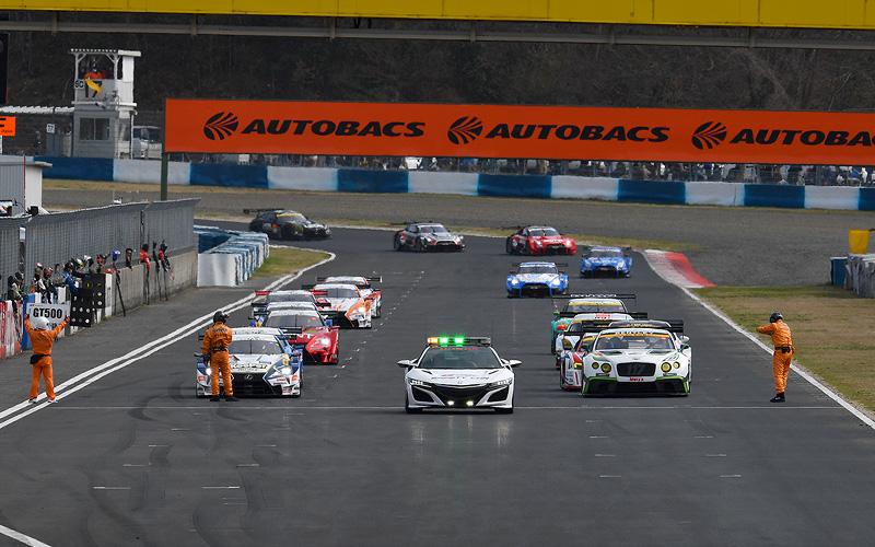 【SUPER GT基礎講座・第5回】公正で安全なレースをするために ~SUPER GT独自の取り組み~の画像