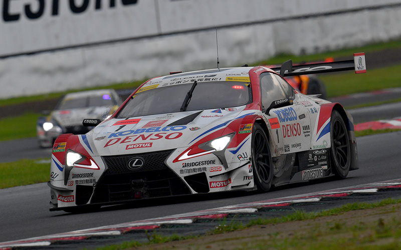 A Dramatic Last Lap Gives the DENSO SARD KOBELCO LC500Its First Win of the Season!の画像