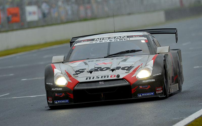 【SUPER GT 名勝負列伝】「雨中の大逆転。S Road REITO MOLA GT-Rが最終戦前で連覇」2012年第7戦オートポリスの画像