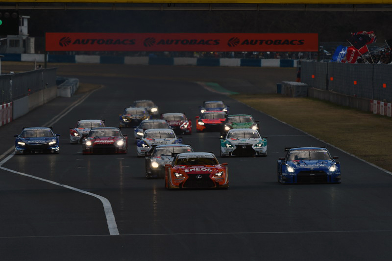 3/14(土)、15(日)に行われる2015SUPER GT公式テスト(岡山国際サーキット) を国内初の生中継の画像
