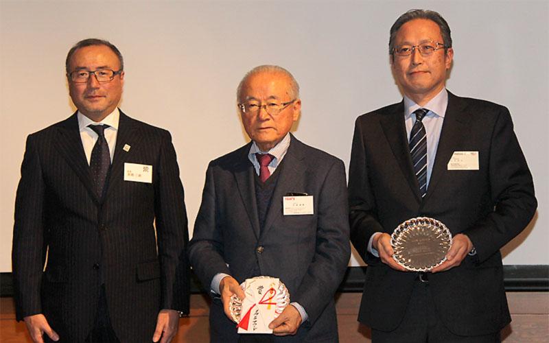 平川/キャシディ組が日本モータースポーツ記者会のJMSアワードを受賞の画像