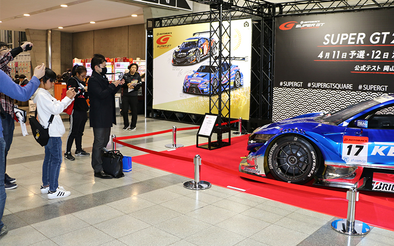 SUPER GTマシン&ドライバーに会いに行こう!東京オートサロンは12日までの画像